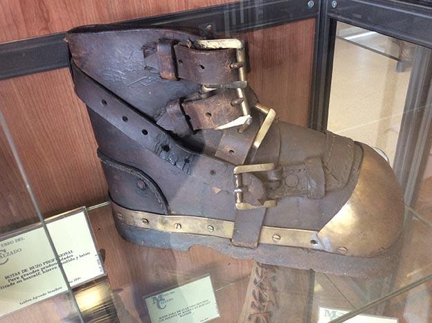 botas de buzo antiguas